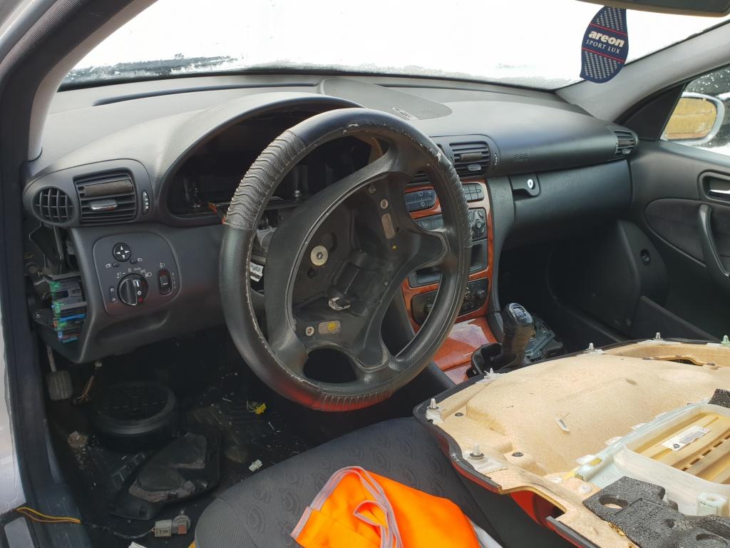 Galerie admisie Mercedes C-CLASS combi S203 2001 Break 22 cdi