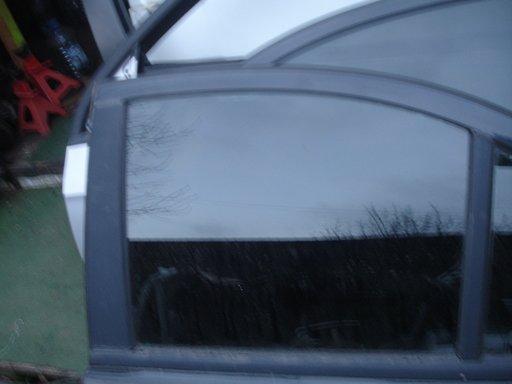 Geam spate stanga dreapta opel astra h an 2004-2009
