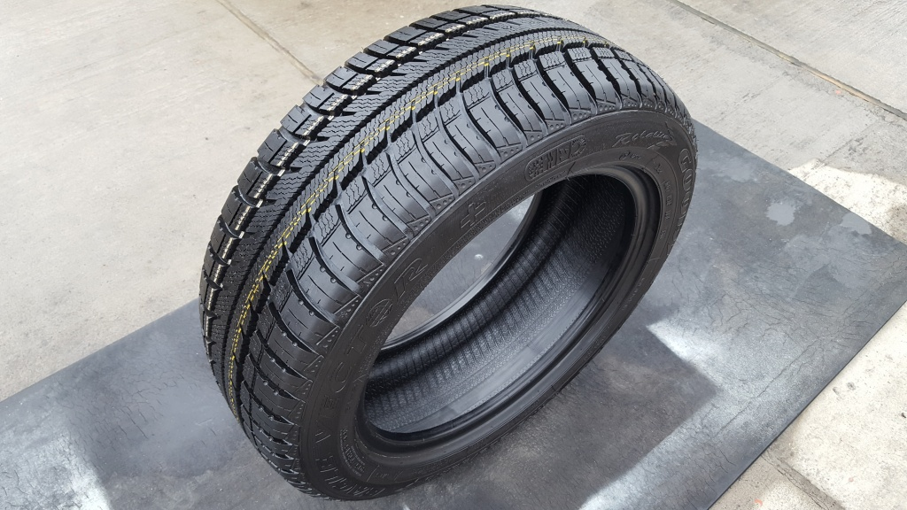 205 55 16 Goodyear Eagle Vector 2055516 Part Worn Winter Tyres X2