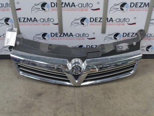 Grila bara fata centrala cu sigla, GM13225791, Opel Astra H combi 2004-2010 (id:230679)