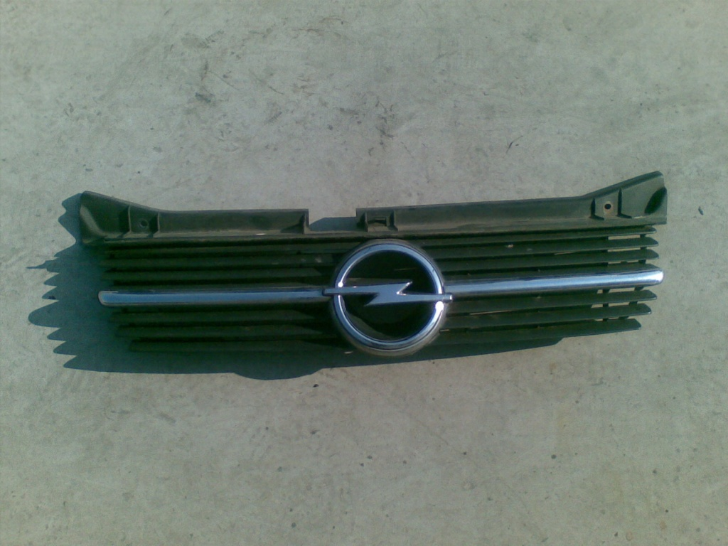 Grila fata Opel Omega B