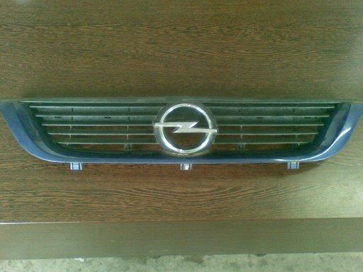 Grila Opel Vectra B