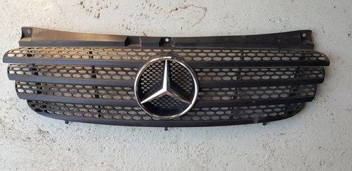 Grila radiator Mercedes Vito W639 2005 2006 2007 2008 2009 2010