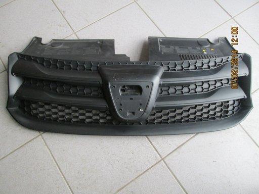 Grila radiator originala Dacia Logan II.