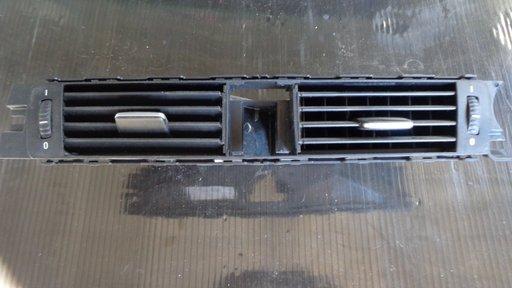Guri ventilatie centrale BMW E90 320i 150cp an 2006 dezmembrez e90