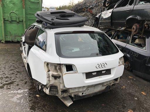 Haion cu luneta Audi A6 break din 2008