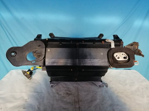 Incalzitor pentru climatizare Jaguar XJ6, cod MNA6440A