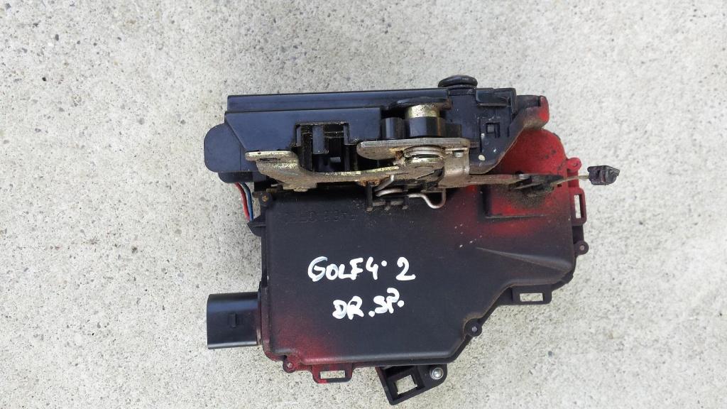 Incuietoare usa dreapta spate VW Golf 4, 2000