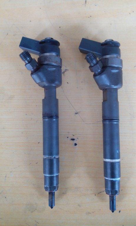 Injectoare aproape noii mimi couper 2000 tdi cod 0445110601