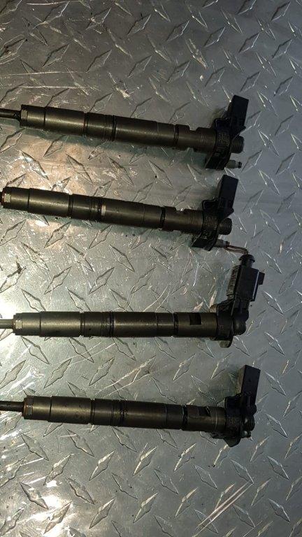 Injectoare Audi A4 B8 2.0 TDi CAGA 03l130277 / 0445116030