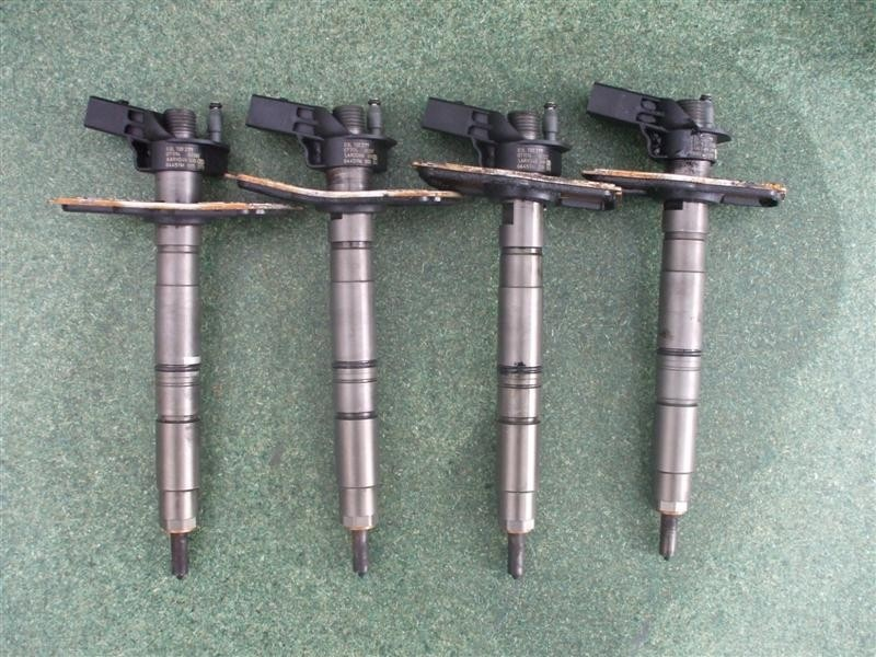 Injectoare Audi A4 B8 2 0 Tdi Cagc 120 Cai Cod 03l130277