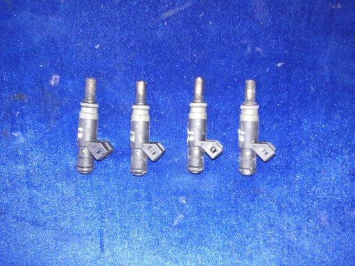 Injectoare BMW e46 318i n42