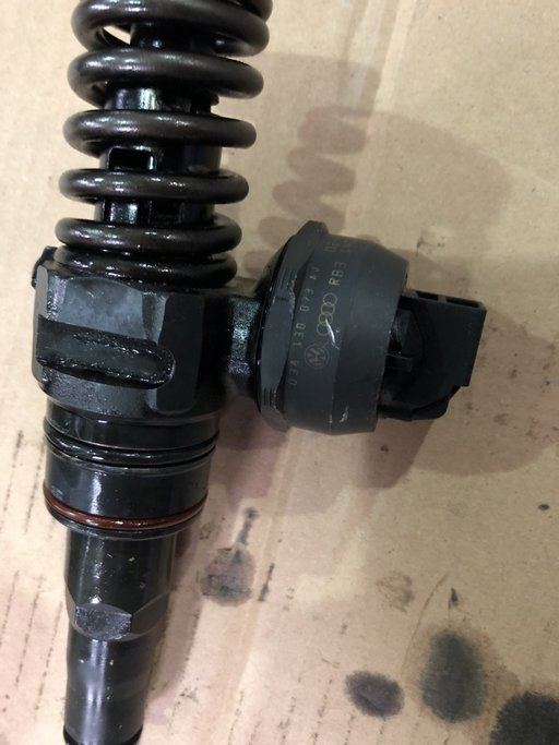 Injectoare bosch 1.9 TDI 038 130 073 AJ VW ,AUDI