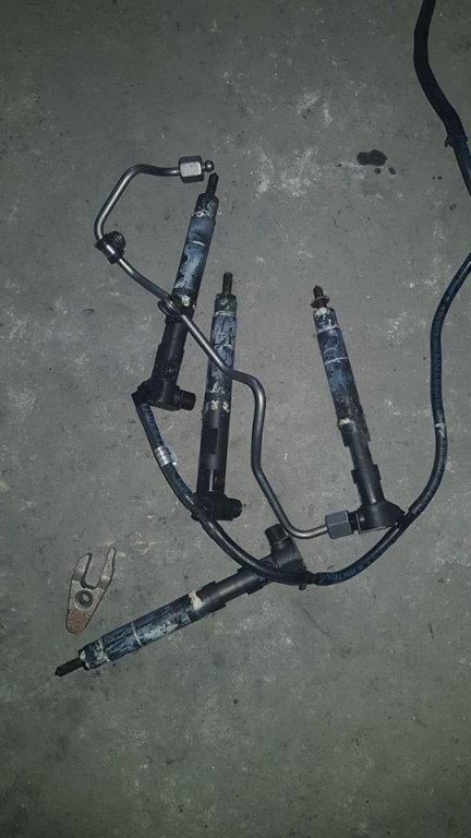 Injectoare euro 5 Mercedes C class W 204 an 2012 2.1 cdi
