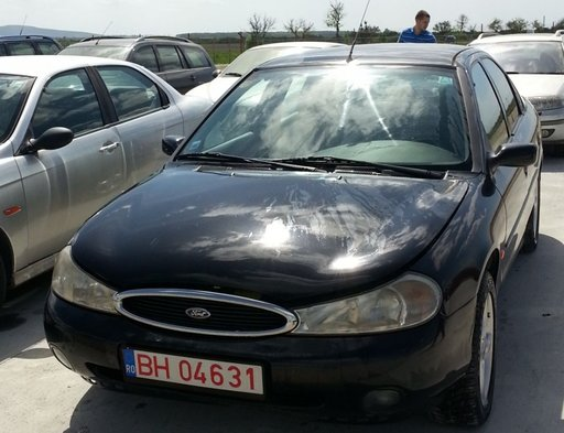 Injectoare injector Ford Mondeo 2 1.8 i 125 cp 199