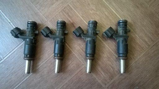 Injectoare Mini Cooper R56 1.6 16 v 2008