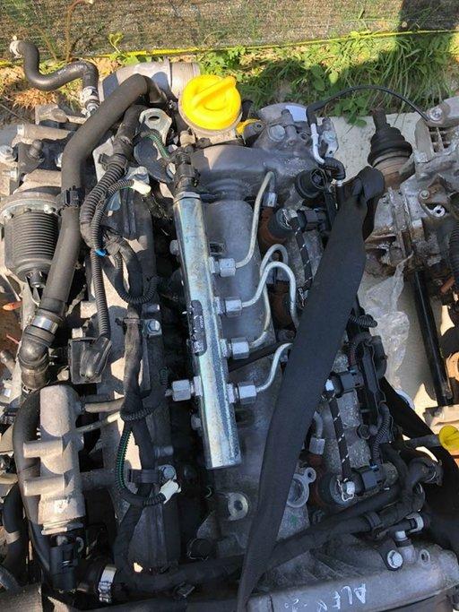 Injectoare Opel Astra H 1.9CDTI 0445110243