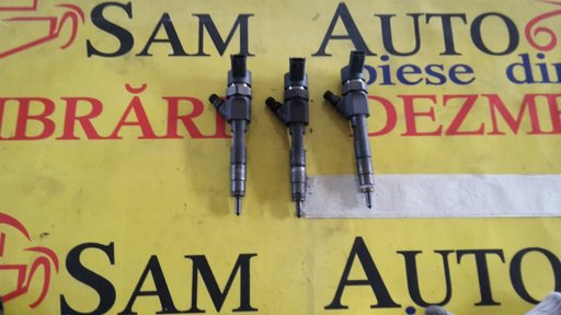 Injectoare Renault Trafic 1.9dci, cod injector 0445110021