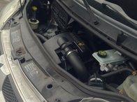 Injectoare Renault Trafic 2.5 2007 Diesel.