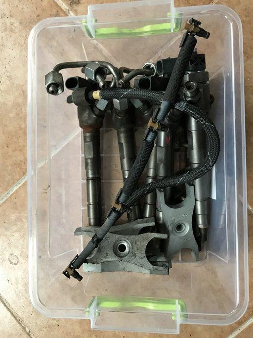 Injectoare VW Passat B7 2.0 cr euro 5, CFF: COD: 0445110369, 03L130277J