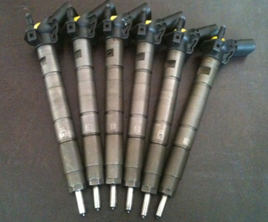 Injectoare vw touareg 3.0 tdi cod 059130277 ah