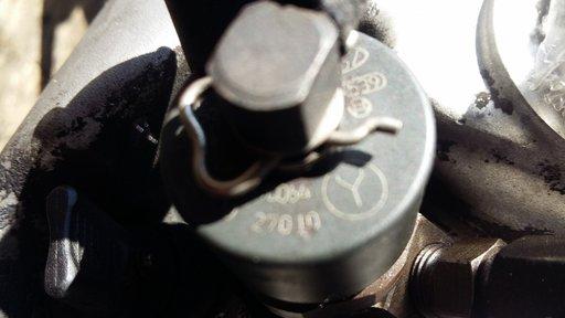 Injector 1.5 crdi d3ea kia carens hyundai accent 2 matrix fc 0445110064
