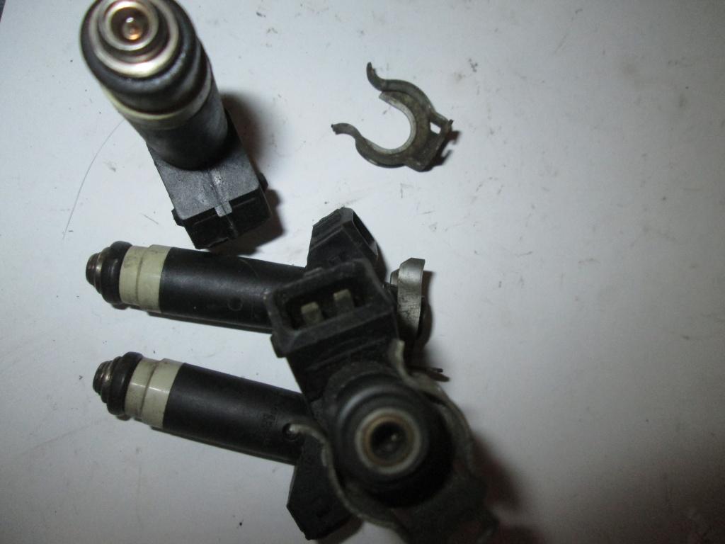 Injector benzina RENAULT CLIO II