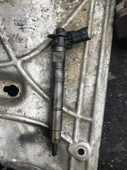 Injector Dodge Nitro 2.8 CRD Cod: 0445115067