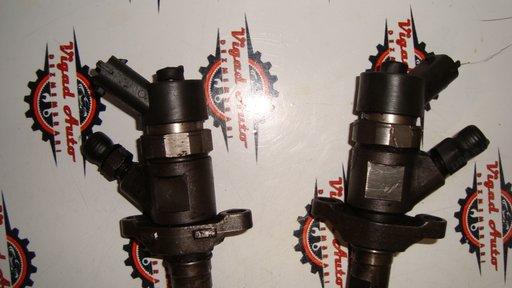 Injector Ford Focus 2 1.6 tdci 109 cp cod 0445110259 cu DPF