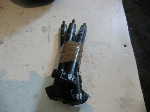 Injector mercedes C220 cod A6510704987