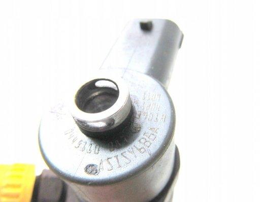 Injector Opel Astra H 1.3 cdti 0445110083
