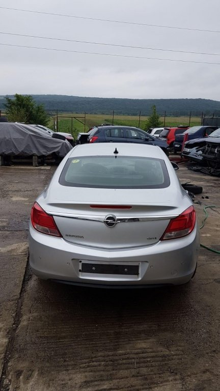 Injector Opel Insignia A 2012 hatchback 2.0d