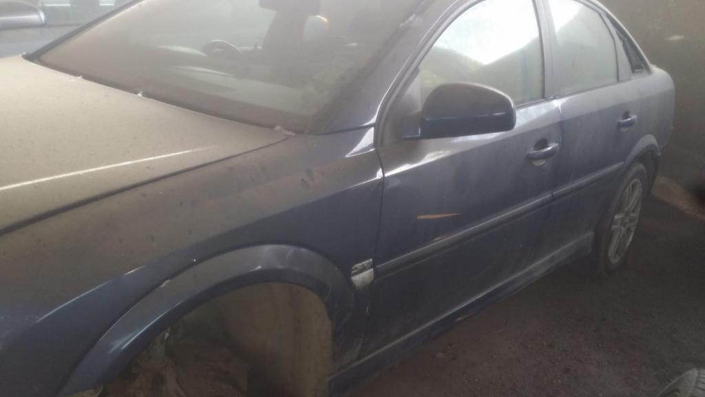 Injector Opel Vectra C 2005 Hatchback 1900