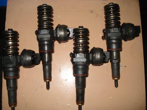 Injector pompă diuză VW Audi 1.9 TDI 101 CP 0381