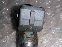 Injector vw golf 4 1.4 benz 036031c