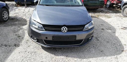 Intaritura bara fata Volkswagen Jetta 2013