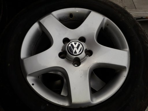 Janta aliaj VW Touareg pe 17
