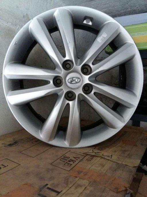 Jante aliaj R18 Hyundai ix35 sau Tucson Santa Fe Renault Koleos Kia Sportage Sorento Duster Qashqai Laguna