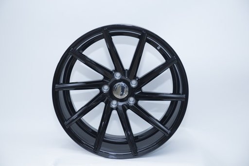 Jante Bmw R20 Model VOSSEN Bmw BLACK F10 F11 F01 F03 F12 F13 X3 X4