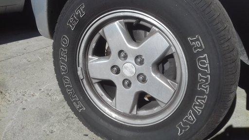 Jente aluminiu 16 jeep cherokke 2004
