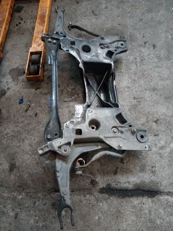 Jug / cadru motor Peugeot 407 2.0HDi 2004-2010