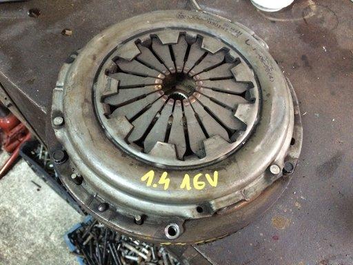Kit ambreiaj 1.4 16V in stare f buna original VW