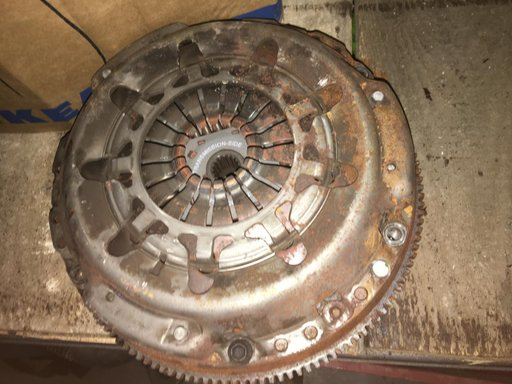 Kit Ambreiaj -52000 KM - Disc Ambreiaj FORD FIESTA 6 VI 1.6 TDCi motor diesel