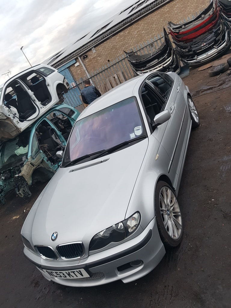 Kit ambreiaj BMW Seria 3 E46 2004 Sedan Facelift 2.0D
