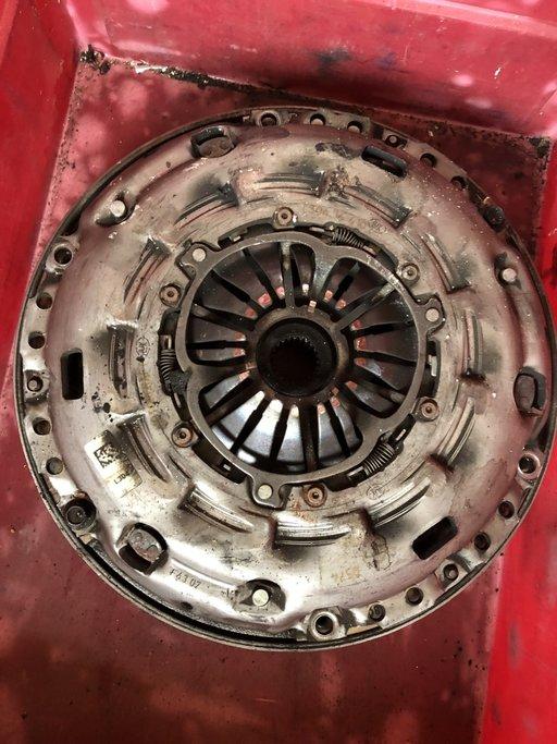 Kit ambreiaj Mazda 6 /Mazda 3 2.2 D