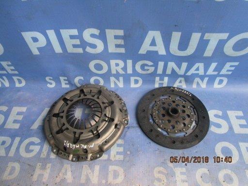 Kit ambreiaj Nissan Almera 2.2dci ; 30210AW405 // 30100AU600