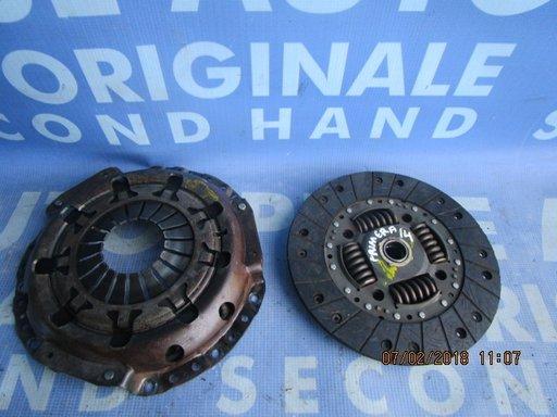 Kit ambreiaj Nissan Primera ; 412015800 // 323042410