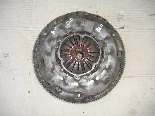 Kit ambreiaj+volanta vw passat b6 2.0 TDI BKP 140HP an 2006-2010