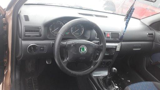Kit plansa bord + airbag-uri + centuri Skoda Octavia 2001