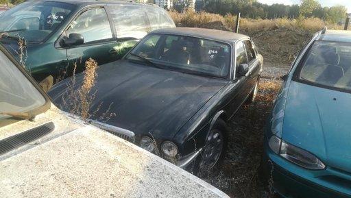 Lamar Auto Corpadea dezmembreaza Jaguar XJ V8 an 1996 volan stanga
